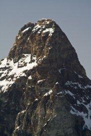 Montaña empinada