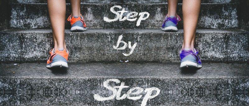 Avanzar paso a paso
